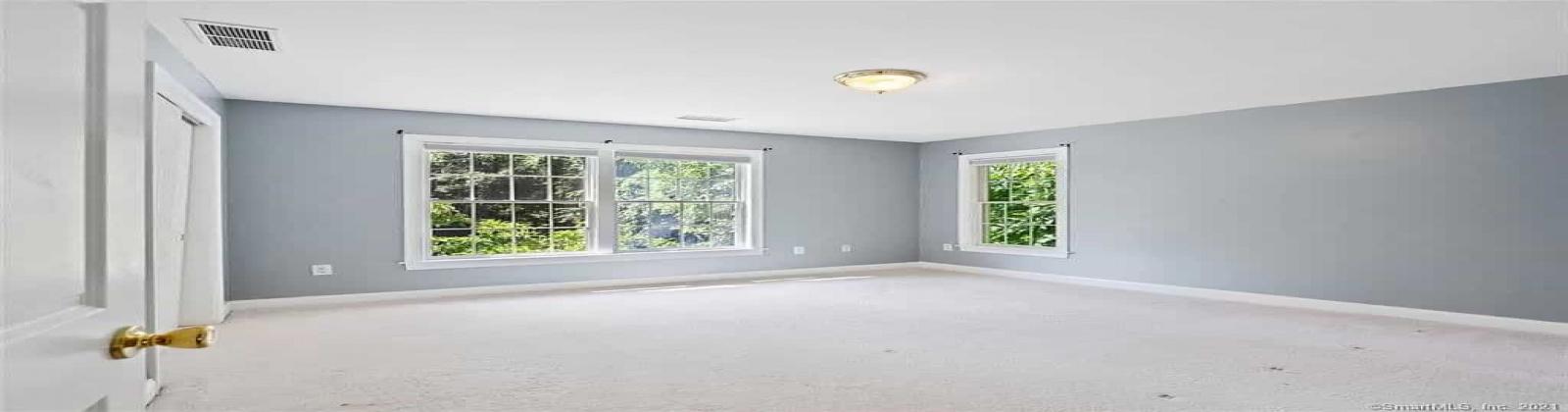21 Rose Ln, East Lyme, Connecticut 06333, 4 Bedrooms Bedrooms, ,3 BathroomsBathrooms,Villa,For Sale,Rose Ln,1046